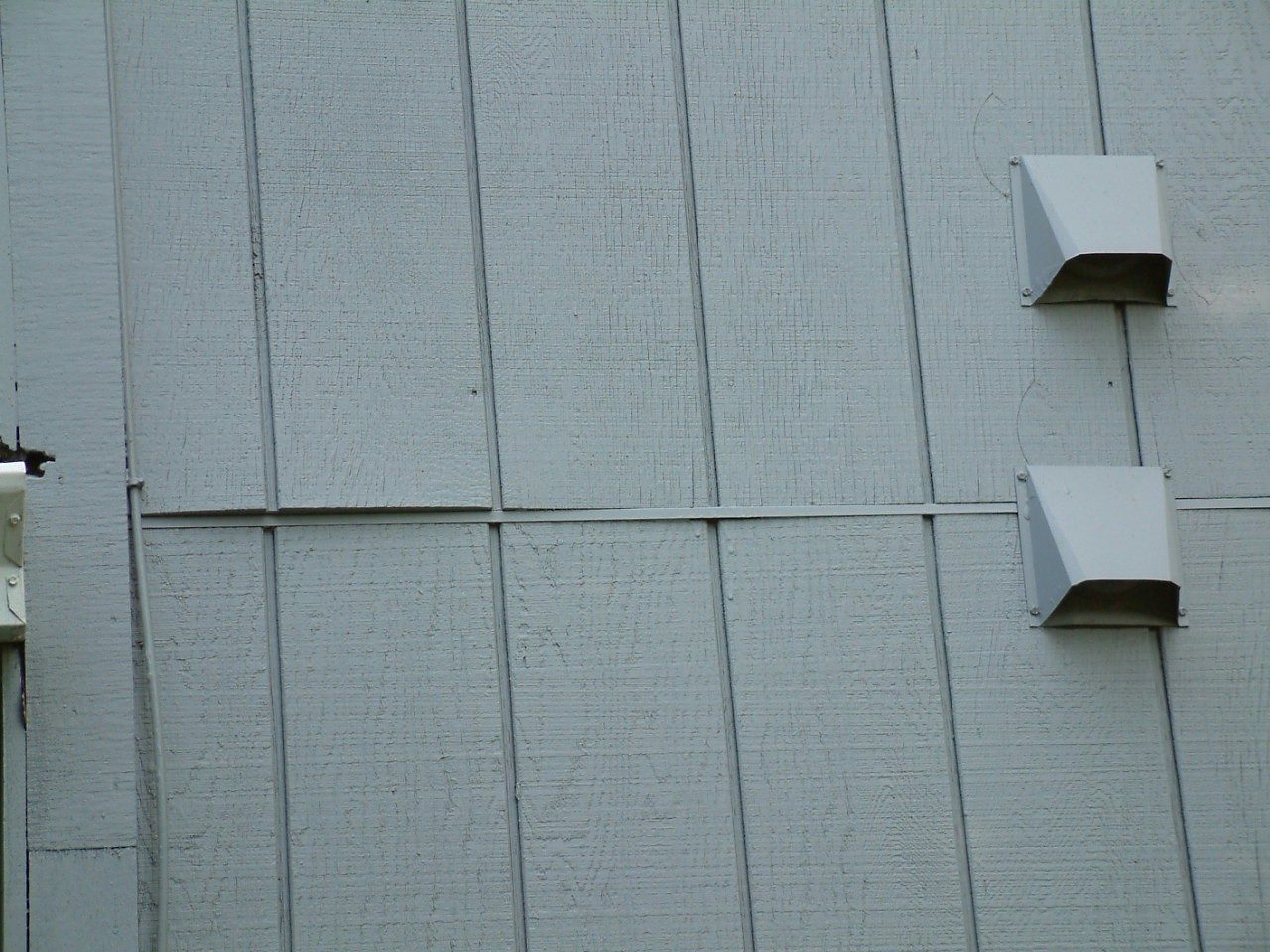 Composite Siding Identification by Siding Solutions, Inc.